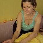 ratnaabhyanga-masaż gorącymi kamieniami szlachetnymi z intencją